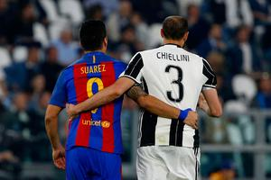 juventus 3 0 barcelona paulo dybala and giorgio chiellini help crush barca in champions league semi first leg belfasttelegraph co uk juventus 3 0 barcelona paulo dybala